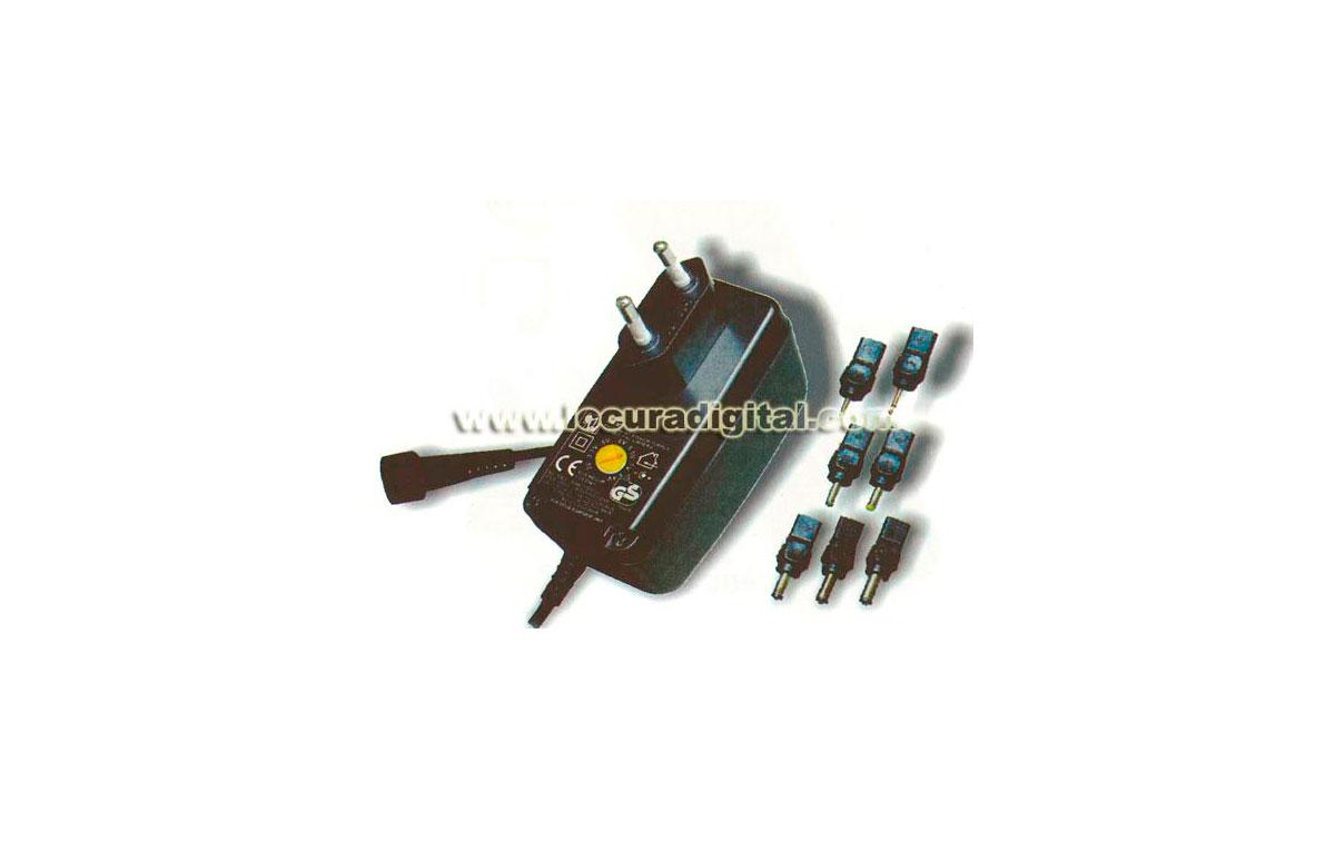 MW-8E08 Alimentador de corriente de 1500mA conmutado, con selector de voltage y multiples conexiones